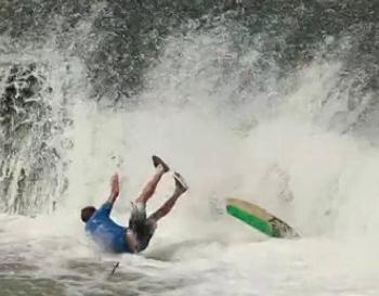 Liquid Force Crash Compilatie 2013