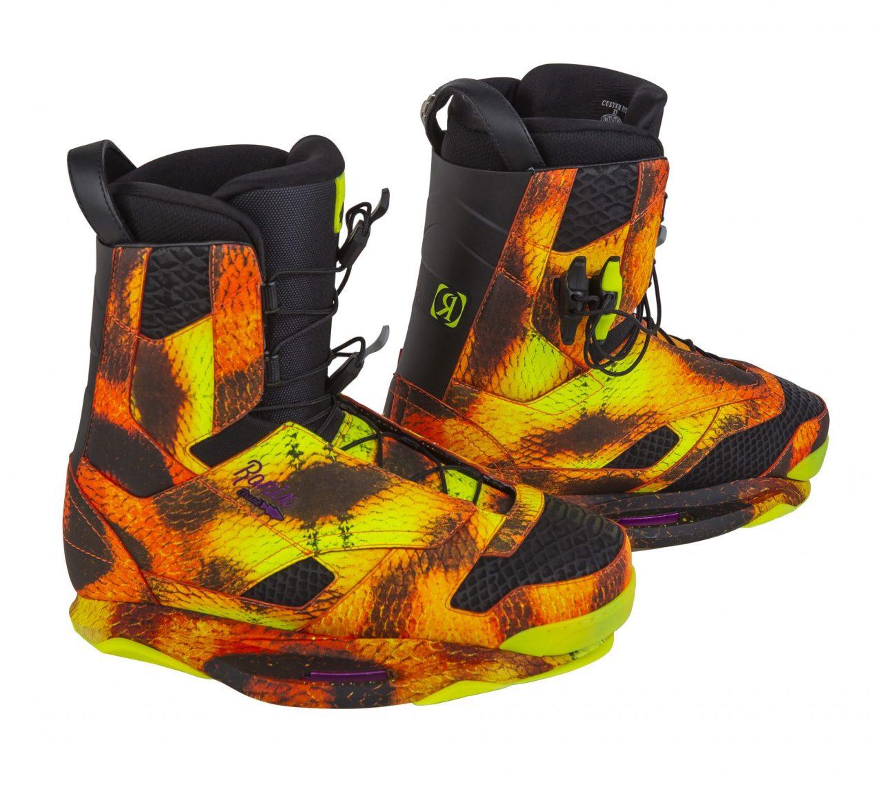 Twee modellen van Ronix Frank boots in 2015 collectie